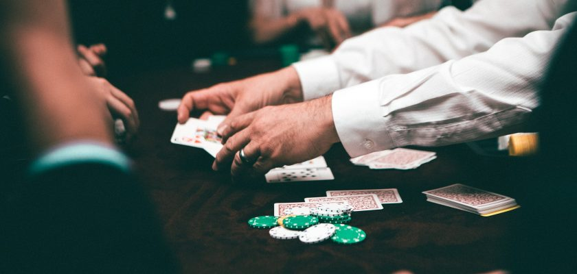 4 Tips to Make Your Poker Game Amazing