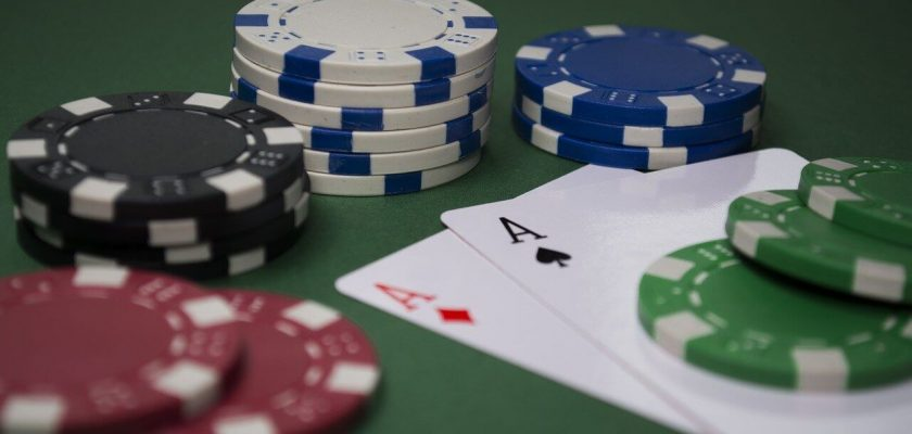Try Online Poker at the Best Online Casinos